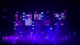 """Radiohead """"No Surprises"""" @ Zénith (Live in Paris 2016)"""