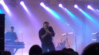 Future Islands - Back in the Tall Grass (Live @ Leeds University Stylus)