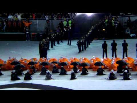 Donbass Arena Vyhod igrokov.MOV