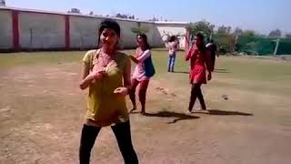 Must watch - Sexy girl strip dance on holi song