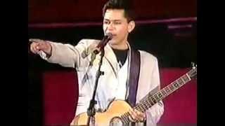 Leandro & Leonardo - Mexe Mexe - Amigos 1995