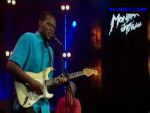 robert-cray-right-next-door-blues-blueslovin