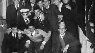 Les amis, la fête, l'insouciance , une jeunesse passée ...