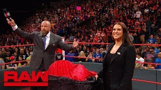 "Triple H & the WWE Universe sing ""Happy Birthday"" to Stephanie McMahon: Exclusive, Sept. 24, 2018"