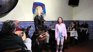 Sara Inês e Isabel Maria Fado a Bia da Mouraria