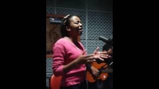 Novos Talentos Cantora Ester...