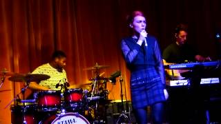 Chlöe Howl - Rumour live Gullivers, Manchester 22-01-14