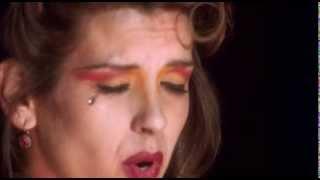 Mulholland Drive - LLorando (Crying) - English Subtitles