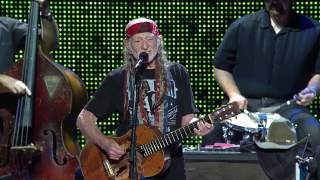 Willie Nelson & Family – Jambalaya (On the Bayou) (Live at Farm Aid 2016)