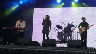 Lucy Mason @ Trafalgar Square (West End Live 2013)