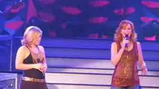 Reba and Kelly A moment like this Live