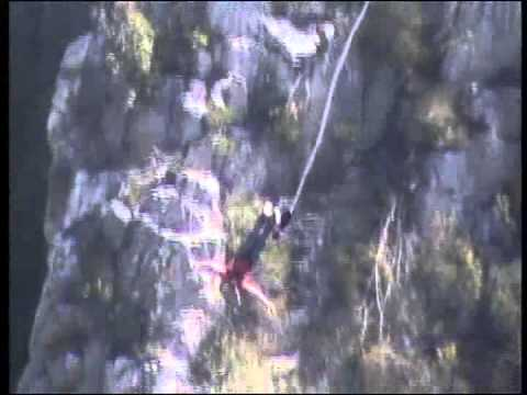 Brian jumps off Bloukrans Bridge in South Africa