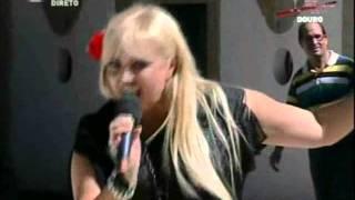 Agata na festas das vindimas de rtp com o tema - agora chora tu 2011
