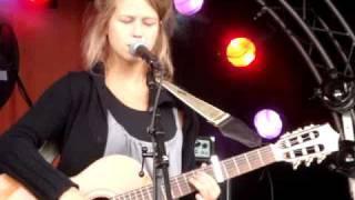 Selah Sue-Mommy (live@festival mundial 2009)