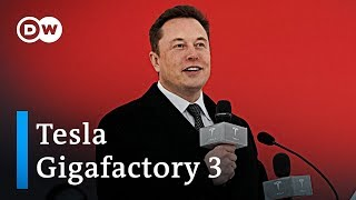 Tesla begins construction of new gigafactory in Shanghai | DW News
