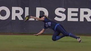 Highlights: UCLA Softball vs. Oregon