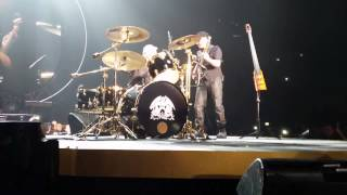 The Invisible Man (Improvisation) - Queen + Adam Lambert - Milano 2015 - 1080p