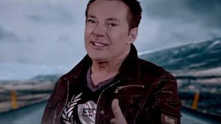 Gerard Joling - Vol Gas (Officiële Videoclip)
