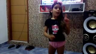 Apelido Carinhoso - Dudinha dançando