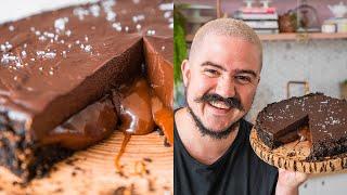 TORTA DE CHOCOLATE TRUFADA COM CARAMELO SALGADO   BIGODE NA COZINHA