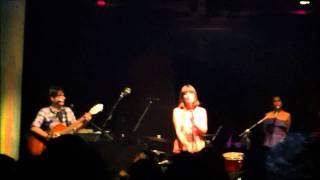 Julie and the Carjackers - Lux - Here there and everywhere