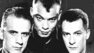 Fine Young Cannibals - Tell Me What.wmv