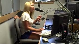 """Rachel Holder """"I Ain't Your Baby"""" Live at the 97.5 & 105.9 Cat Country Studio"""