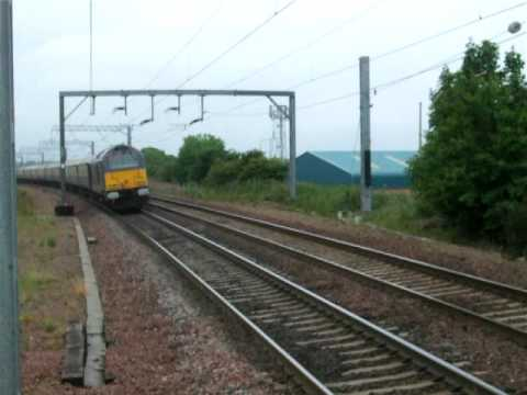 Northern Belle, 67026 passes through Prestonpans 1325hrs 27-06-2009
