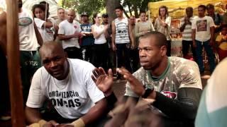Capoeira Praça da República - Cobrinha e Piu
