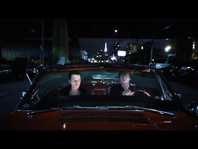 Videoclip de Ed Schrader's Music Beat - Dunce