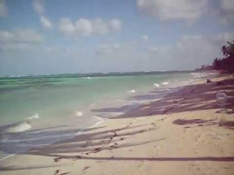 Nicaragua — Little Corn Island windy day