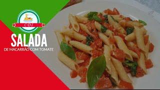 Salada rápida de macarrão com tomate e manjericão - Culinaria direto da Italia