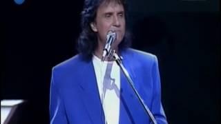 Olha Roberto Carlos canta Coisa Bonita em 1993