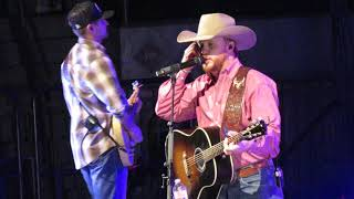Cody Johnson Me And my kind Live (Tulsa Expo Square 12-9-17)