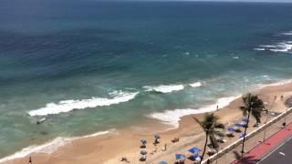 Expresso 2222, Quarto Sala, Barra, Salvador, em frente ao mar.