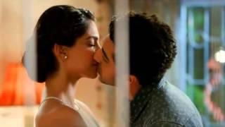 Sonam kapoor all kisses width=