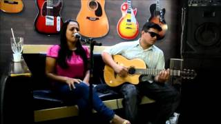Boss loop station - music couver - Luciana Mello - live