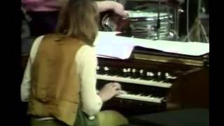 Deep Purple: Concert for Group and Orchestra - 1969 xvid
