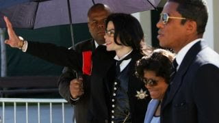 Jermaine Jackson reflects on brother, Michael's death, 8 years later