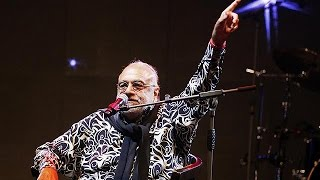 Griechischer Sänger Demis Roussos mit 68 Jahren gestorben