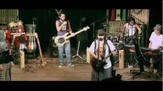 BRILHO DA LATA - Mar Alto - (DVD O Circo)