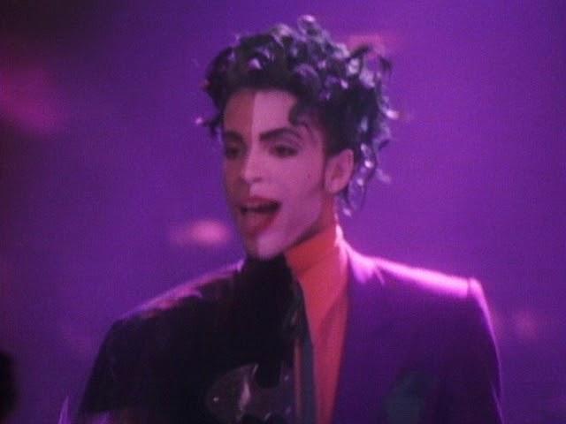 Videoclip oficial de la canción Batdance de Prince