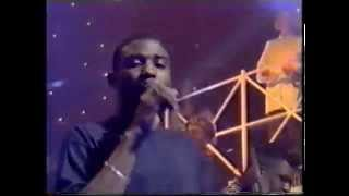 Bitty McLean - Dedicated To The One I Love (live on TOTP, 1994)
