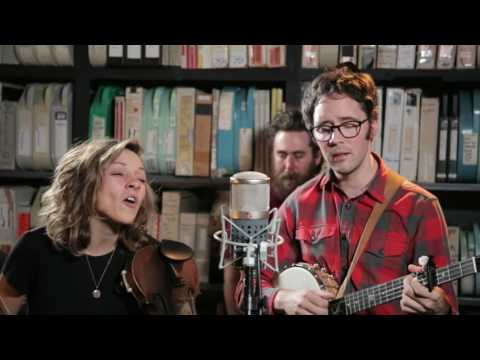 Mandolin Orange - Wildfire :: Music :: Video :: Mandolin