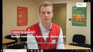 Corentin, 25 ans, est manager chez Auchan