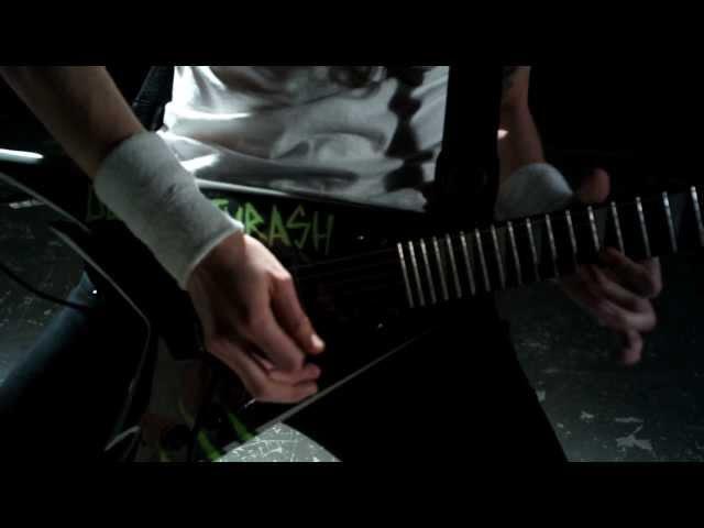 Videoclip oficial de 'Ultra Trash', de Crisix.