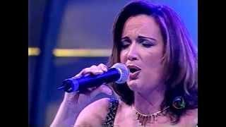 Lissandra Lima - Longe do Mundo