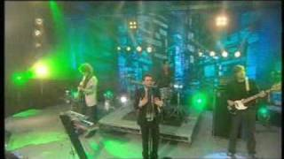 The Killers - Somebody Told Me - Live