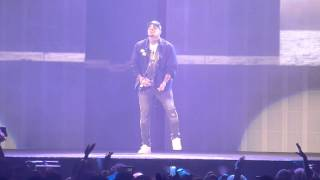 Chris Brown -  Wall to Wall/ Run It Live (BTS tour Chicago)