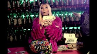 Nicki Minaj - Throw Sum Mo [Traduction Francaise]